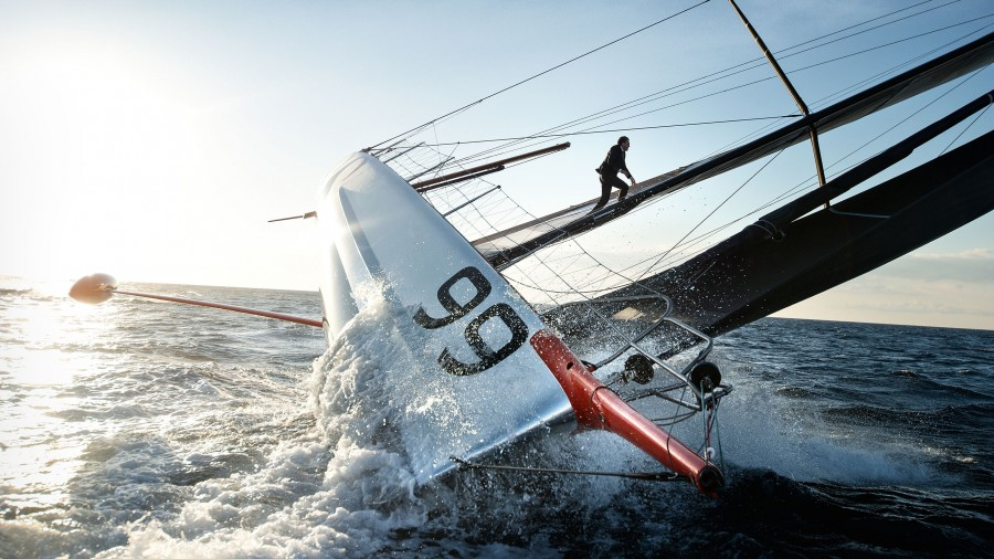 hugo-boss-alex-thomson-sailing-hajozashu