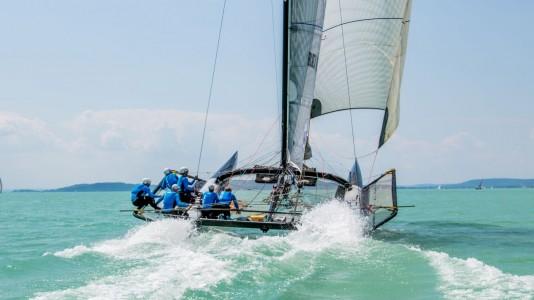 team-black-jack-sailing-48kekszalag-balaton-vitorlazas-hajozashu