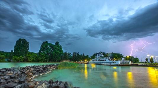 tihany-szantod-komp-storm-clouds-balaton-lakebalaton-balatonlake-hajozashu