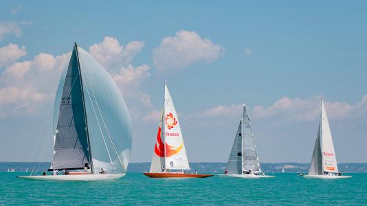 klasszikusok-vitorlas-verseny-csopak-balaton-sailing-hajozashu
