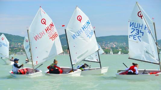 optimist-magyar-bajnoksag-vitorlazas-sailing-balaton-hungary-hajozashu