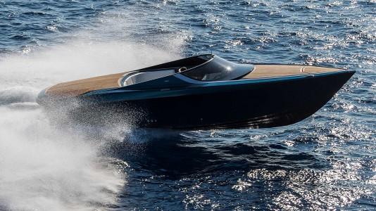 aston-martin-am37-yacht-jacht-monaco-boatshow-hajozashu