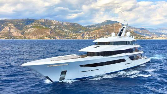 superyacht-joy-feadship-jacht-hajozashu