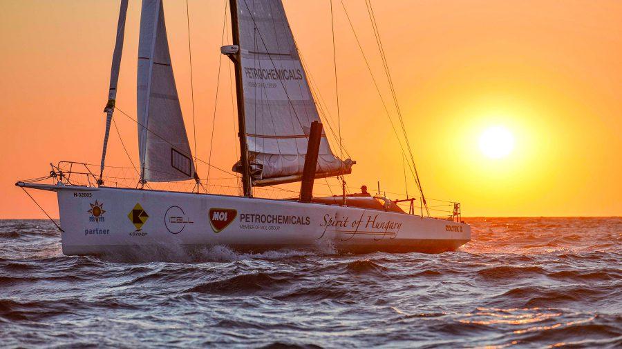 fa-nandor-spirit-of-hungary-vendee-globe-foldkerulo-vitorlas-verseny-imoca60-sailing-hajozashu
