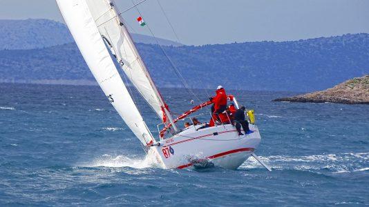 magyar-tengeri-nagyhajos-bajnoksag2-horvatorszag-vitorlazas-vitorlas-sailing-elan350-hajozashu