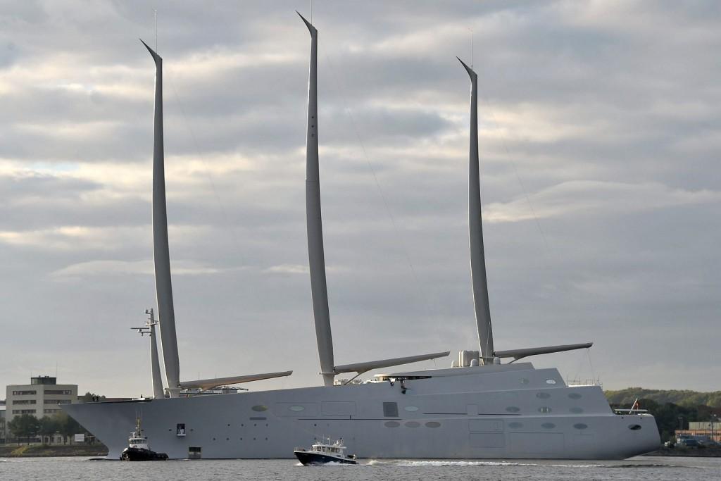 white-pearl-sailyacht-legnagyobb-vitorlas-hajo-andrej-melnicenko-hajozashu