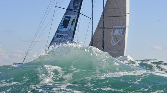 fa-nandor-spirit-of-hungary-vendee-globe-rajt-start-les-sables-dolonne-2016-vitorlazas5-sailing-hajozashu