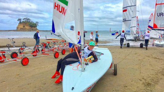 erdi-mari-youth-worlds-championship-uj-zeland-auckland-sailing-laser-radial-hajozashu