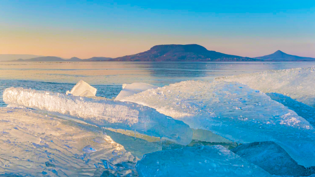 jeg-balaton-badacsony-winter-ice-sunset-naplemente-hajozashu