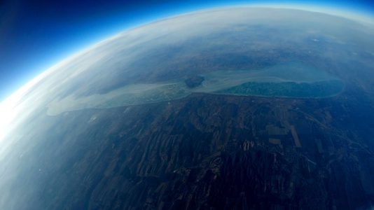 30km-troposzfera-legkor-jeges-balaton-tihany-legifoto-hajozashu