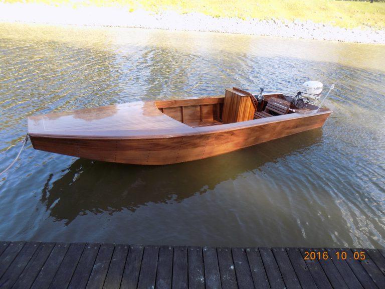 Mihályfi 520 Mahagóni horgászcsónak