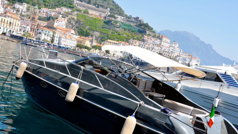 amalfi-part-olaszorszag-vitorlazas-utazas-szallas-hotel-jacht-charter-hajozashu