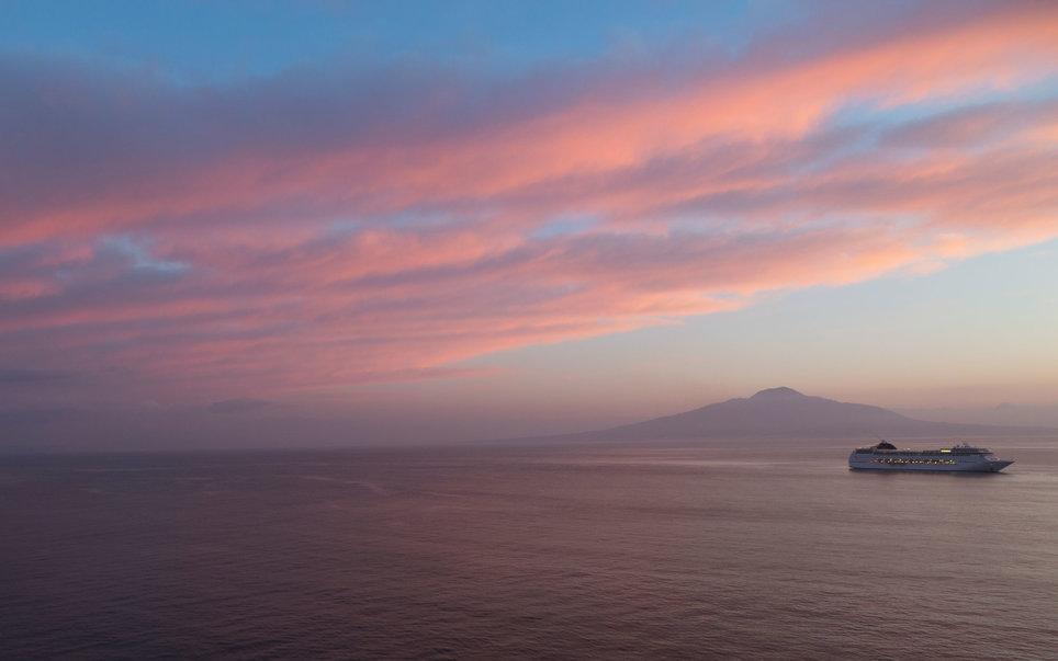 amalfi-part-olaszorszag-vitorlazas-utazas-szallas-hotel-jacht-charter-hajozashu13