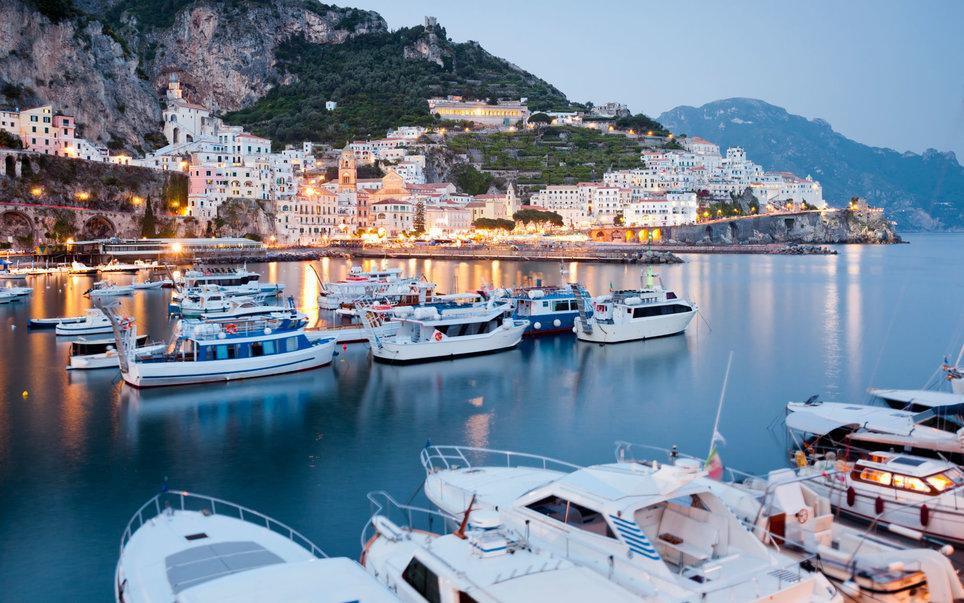 amalfi-part-olaszorszag-vitorlazas-utazas-szallas-hotel-jacht-charter-hajozashu14