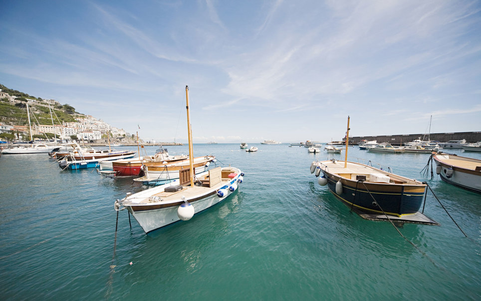 amalfi-part-olaszorszag-vitorlazas-utazas-szallas-hotel-jacht-charter-hajozashu9