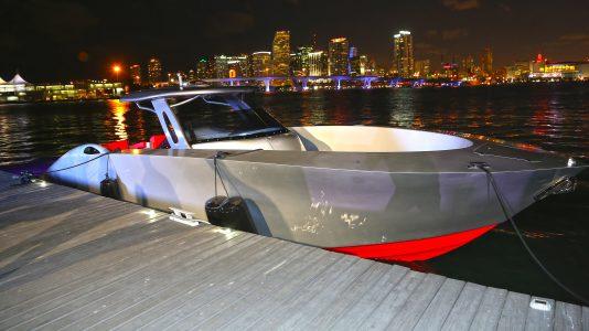 sv-alpha-yachts-miami-boat-show-2017-motorcsonak-corvette-hajozashu