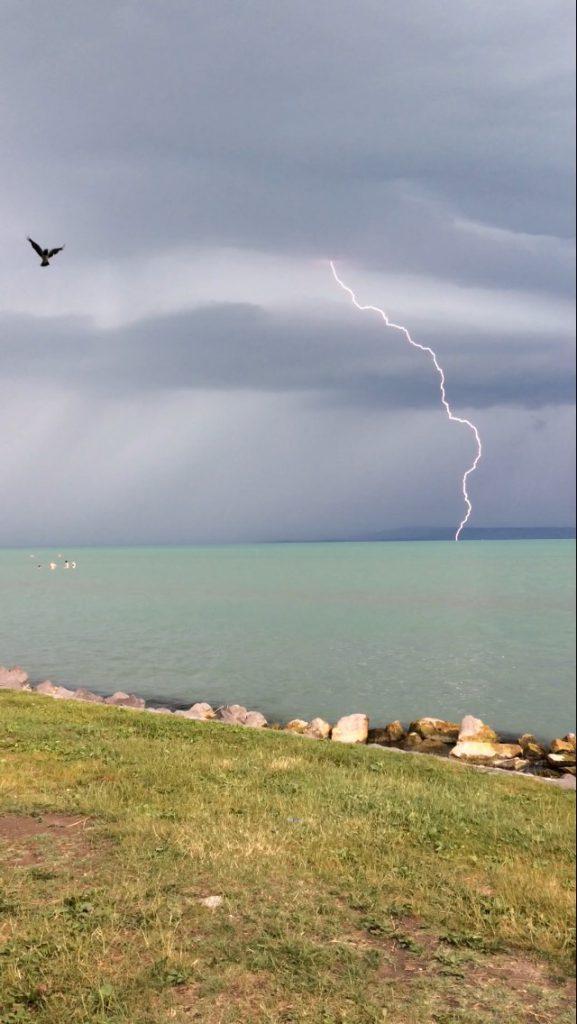 Prerovski Doma Balaton-Vihar-Storm-Szel-Vitorlazas-Sailing-Eso-CsodalatosBalaton-HAJOZASHU
