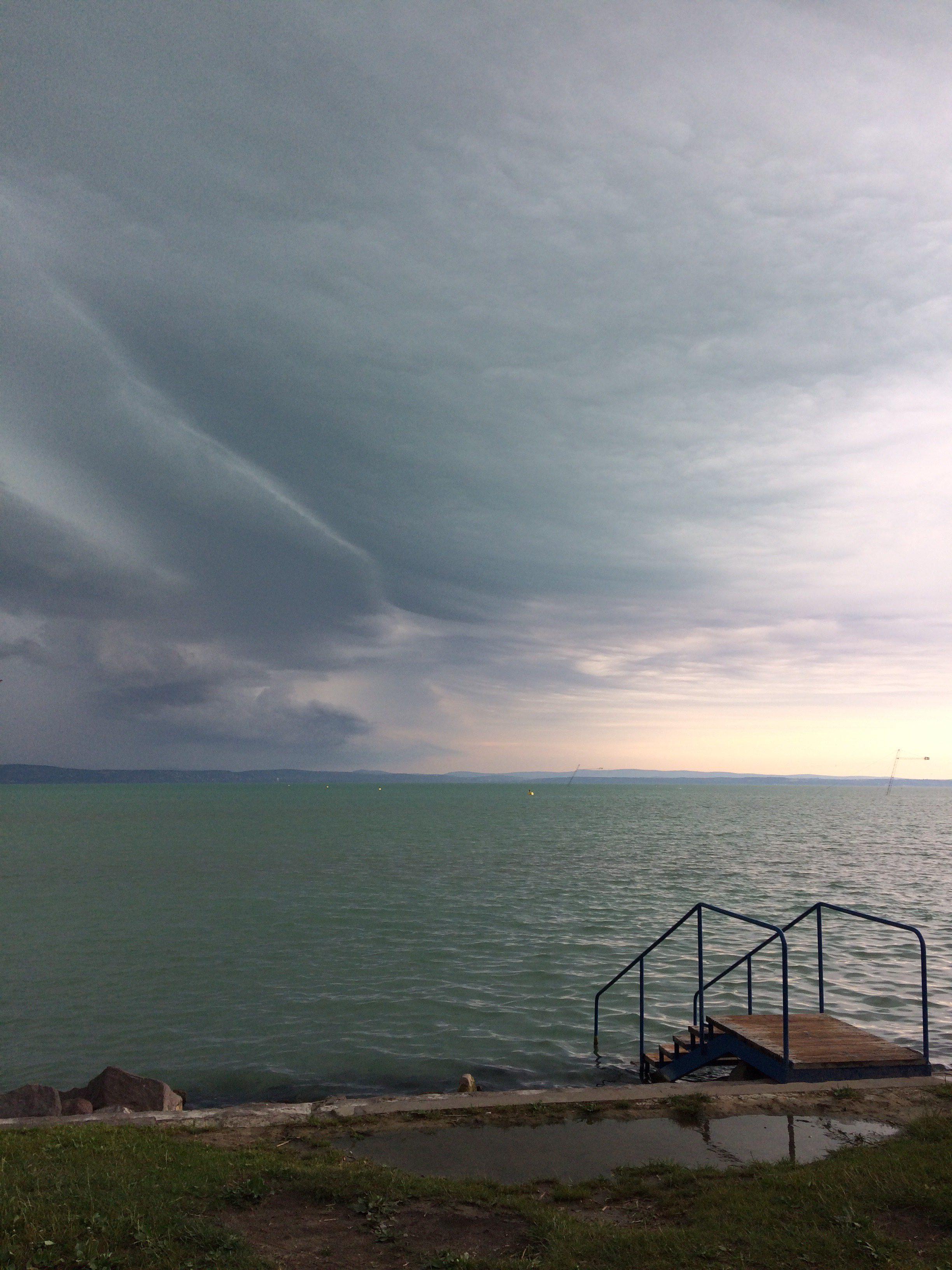 Prerovski Doma1 Balaton-Vihar-Storm-Szel-Vitorlazas-Sailing-Eso-CsodalatosBalaton-HAJOZASHU