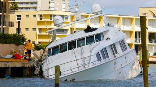 Irma-Hurricane-Hurrikan-Miami-Florida-Yacht-Boat-Ship-Port-Marina-Harbor-HAJOZASHU