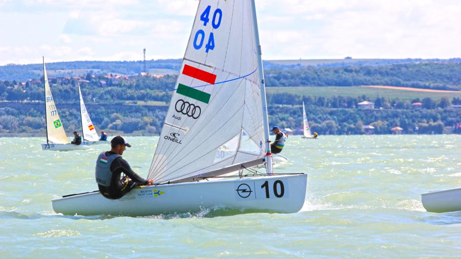 Opel-Finn-Gold-Cup-2017-Balatonfoldvar-Vitorlazo-Vilagbajnoksag-Sailing-HAJOZASHU16
