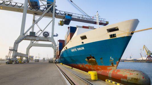Szczecin Kikoto Port Lengyelorszag Hajogyar Fejlesztes Gdansk Balti Tenger HAJOZASHU